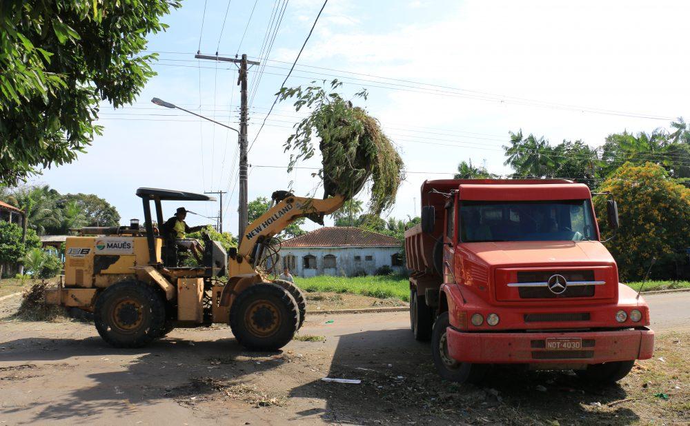 Prefeitura inicia mais uma campanha para retirada de entulhos em Maués