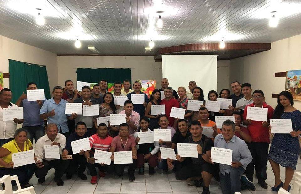 Curso capacita novos agentes de trânsito em Maués